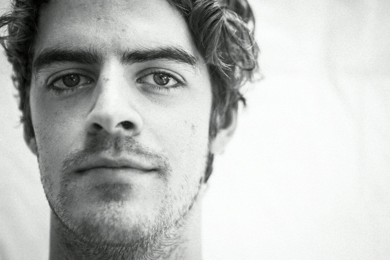 Ryan Hemsworth (Shot by Erik Voake, seen on: http://salacioussound.com/wp-content/uploads/2014/07/ryan-hemsworth.jpg)