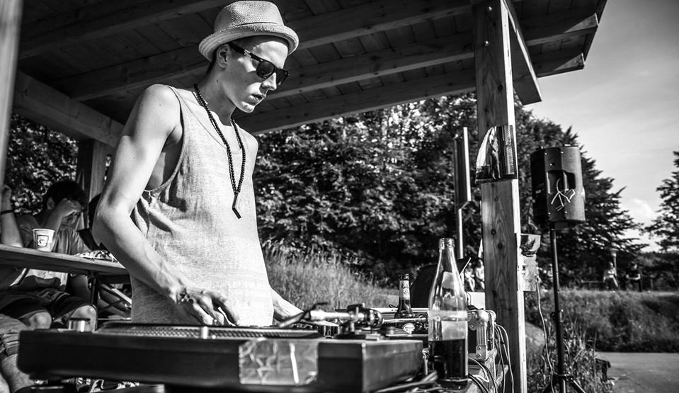 DJ Mittone (Photo: Revo Photography)