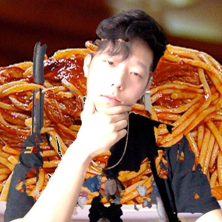 While we don't approve of Giraffage's love for pasta – rather than pizza – we very much approve of his music.